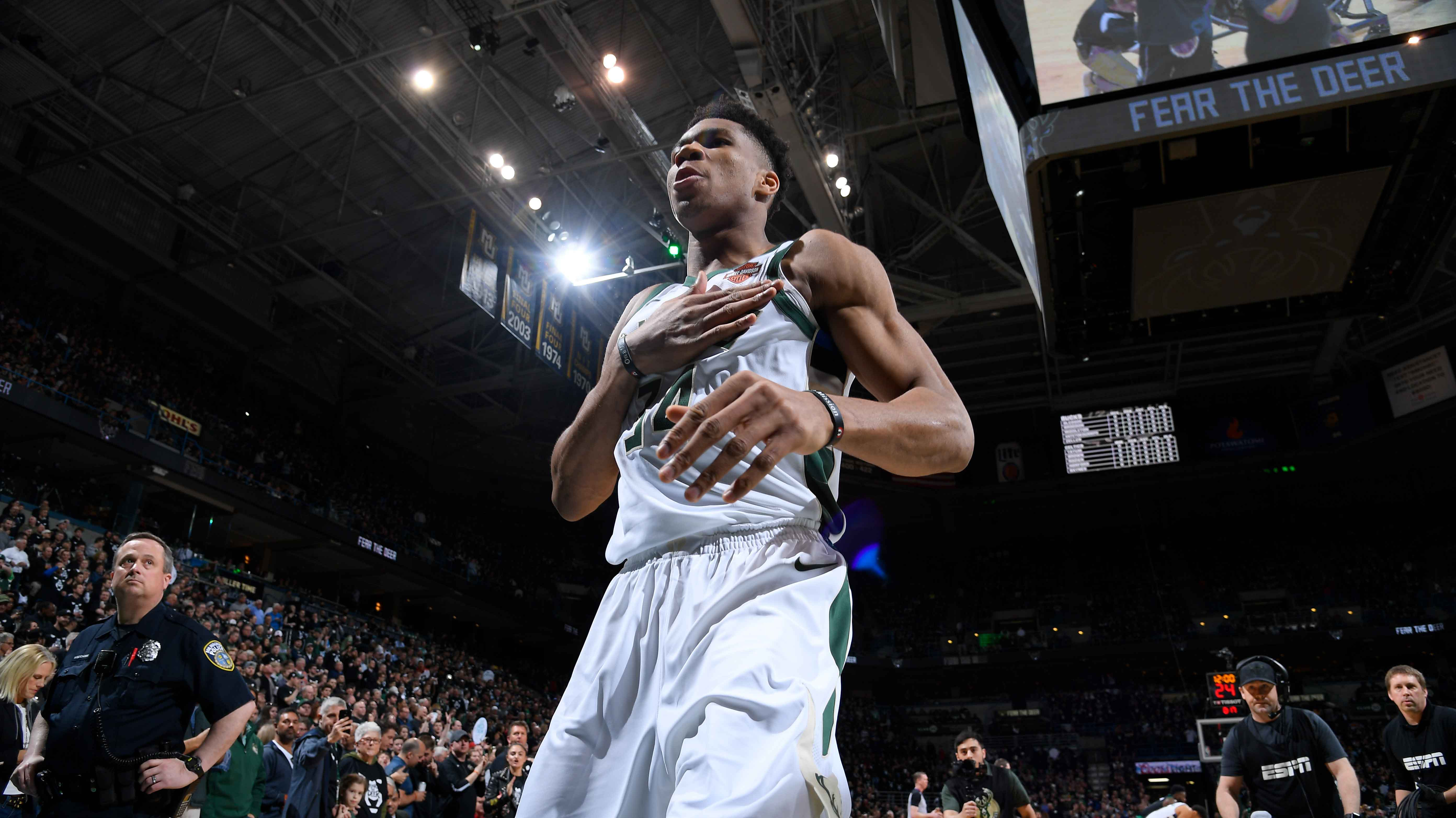 Turning Point: Brogdon and Antetokounmpo Come Up Big Again
