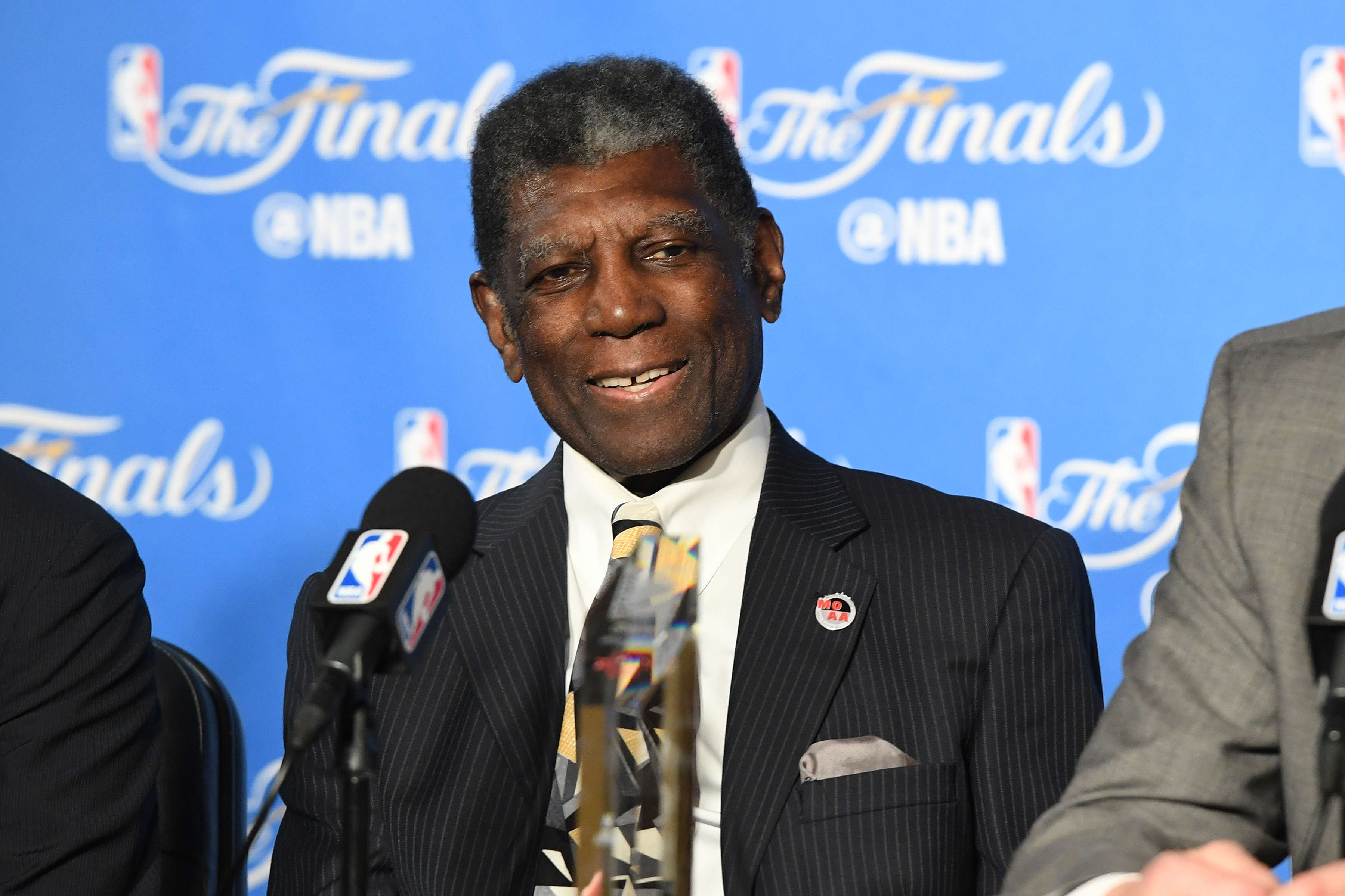 Former Golden State Warriors coach Al Attles released from