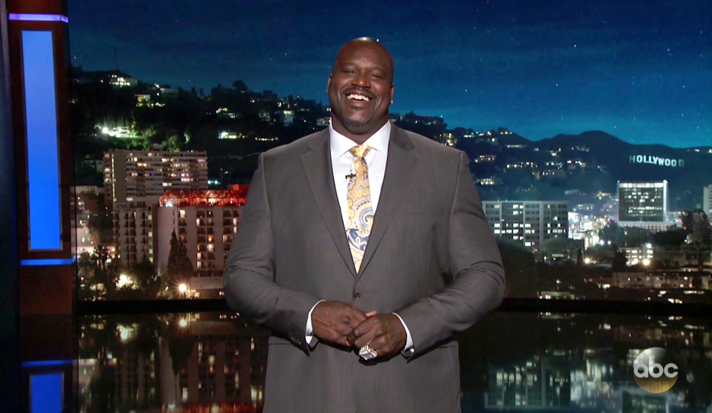 Shaquille o 39 neal makes debut as late night tv host boosh for Where does shaq live