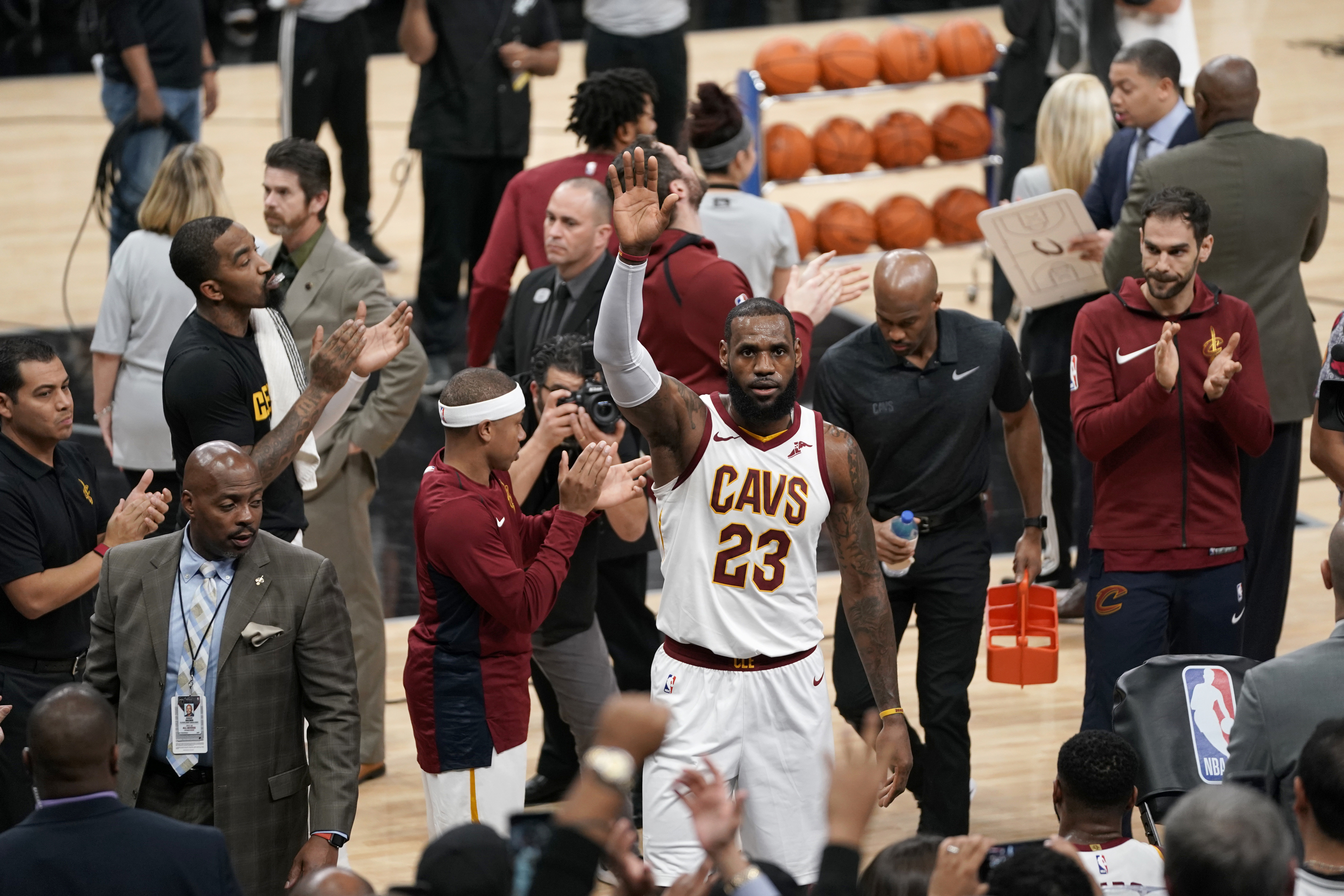 LeBron James becomes seventh in NBA lore to reach 30,000 career ...