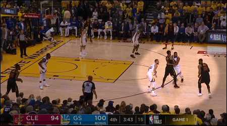 Cavaliers 14-4 Warriors in first quarter