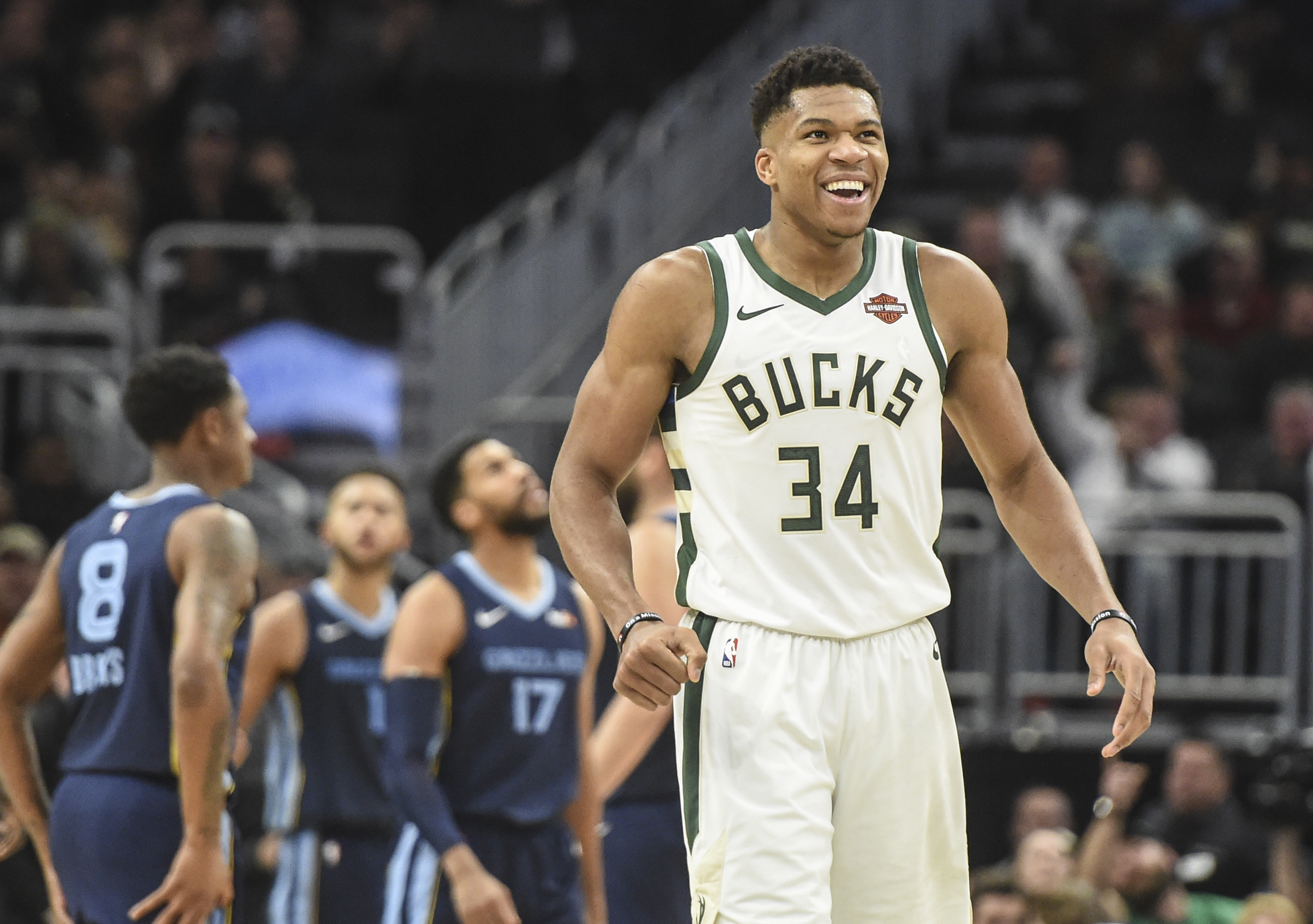 Antetokounmpo Named Eastern Conference Player of the Month