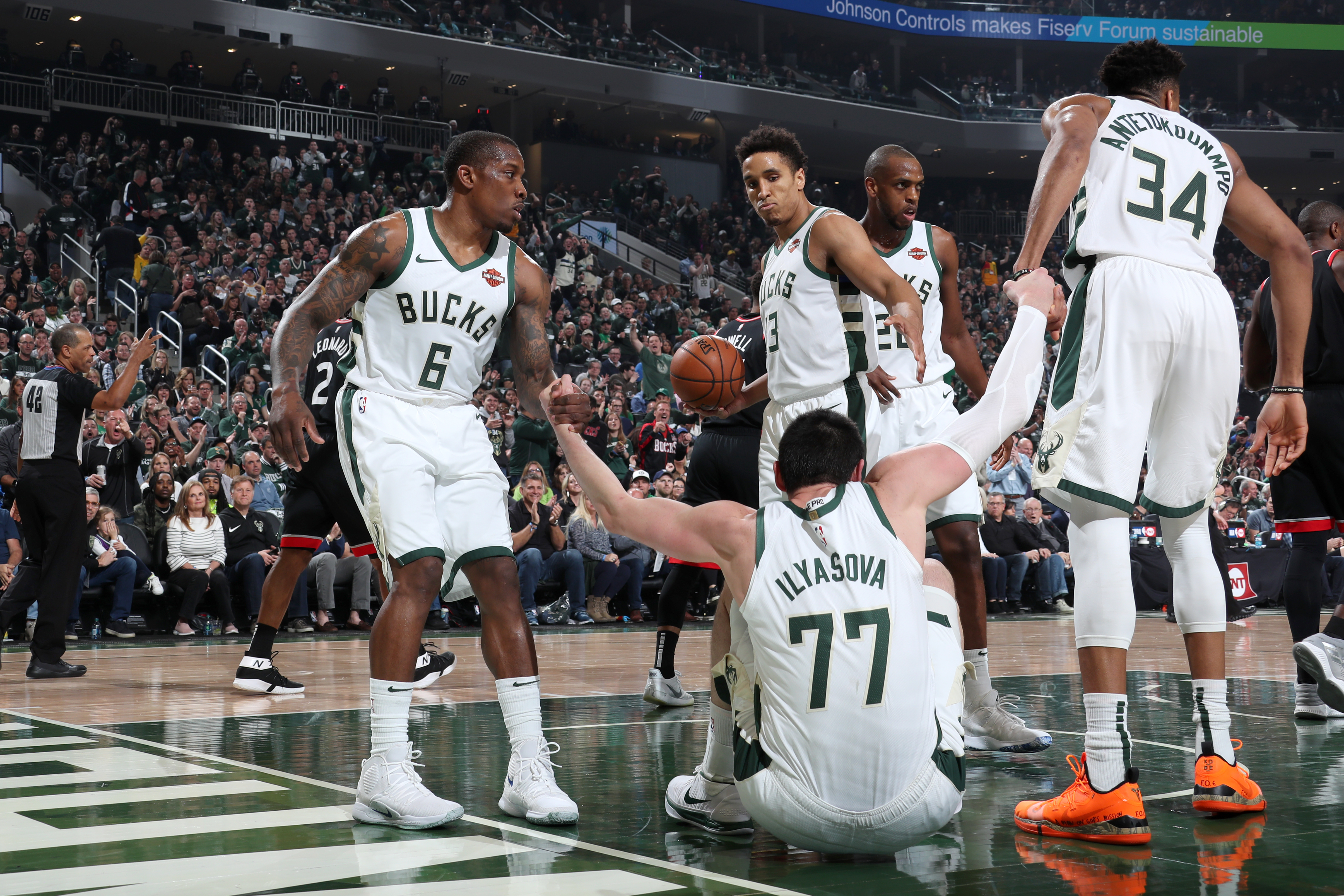 Bucks' supporting cast delivers once again