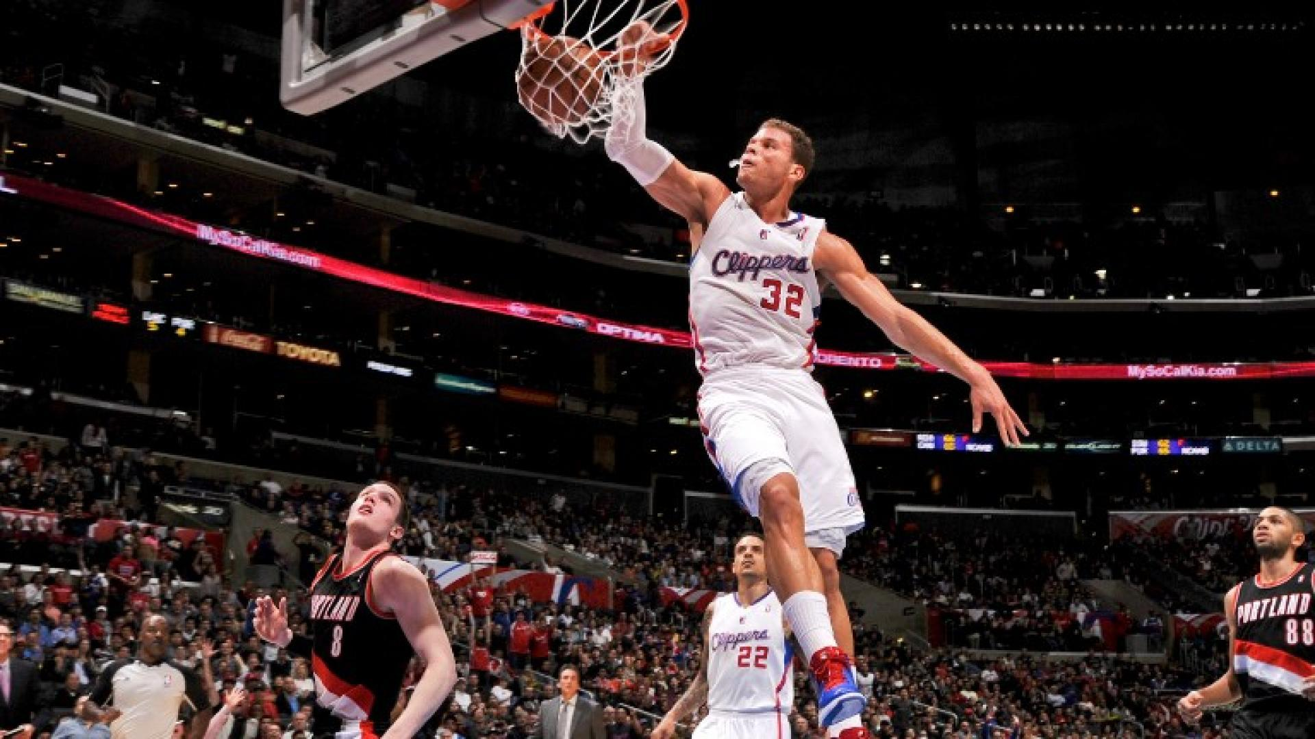 Top 10 plays blake griffins best from days with la clippers nba top 10 plays blake griffins best from days with la clippers voltagebd Image collections