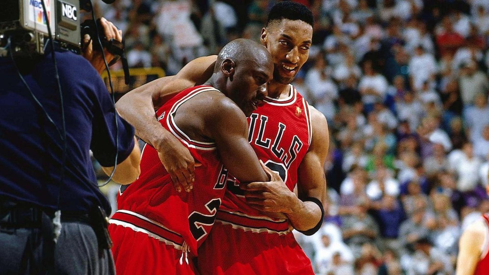 Top NBA Finals moments  Michael Jordan s flu game in 1997 Finals ... 473416ac3