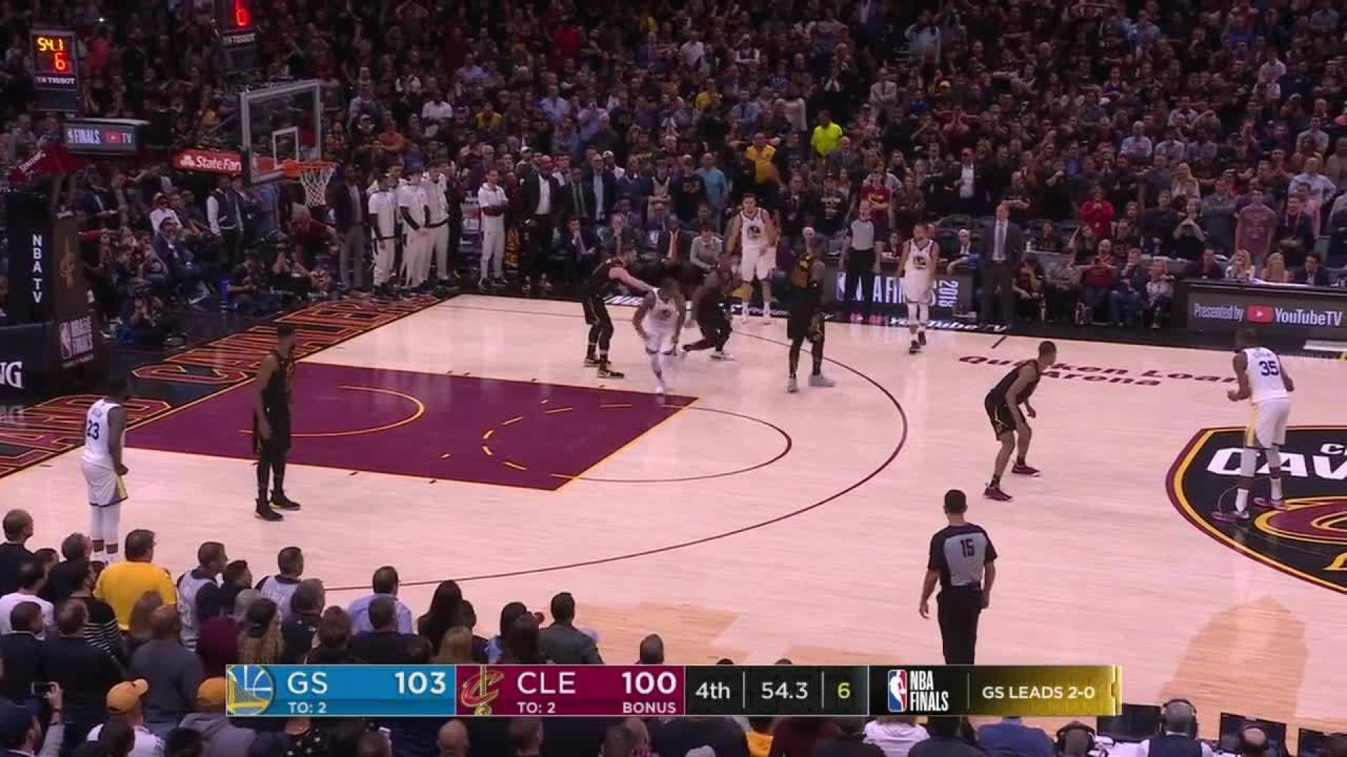 50c6ba8a8977 Kevin Durant dials from long distance in the fourth quarter