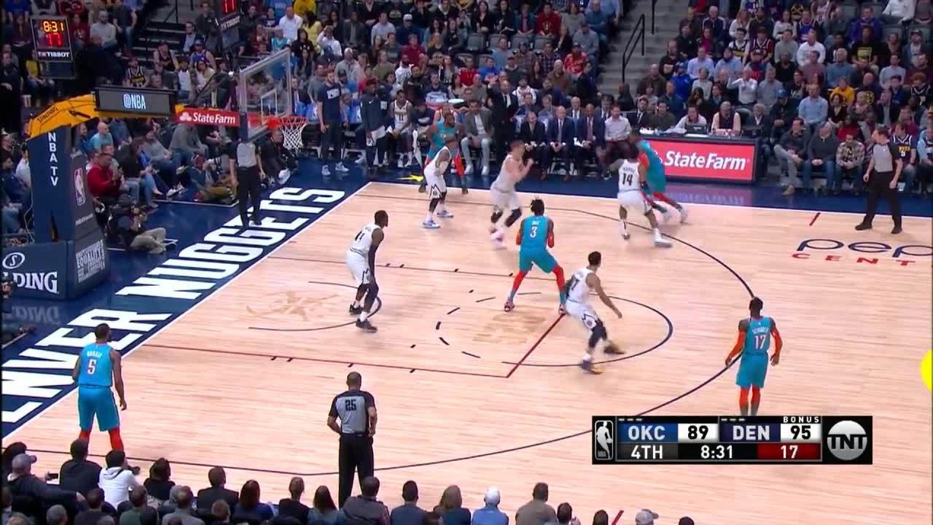 a26486987 Big block by Paul Millsap in the fourth quarter