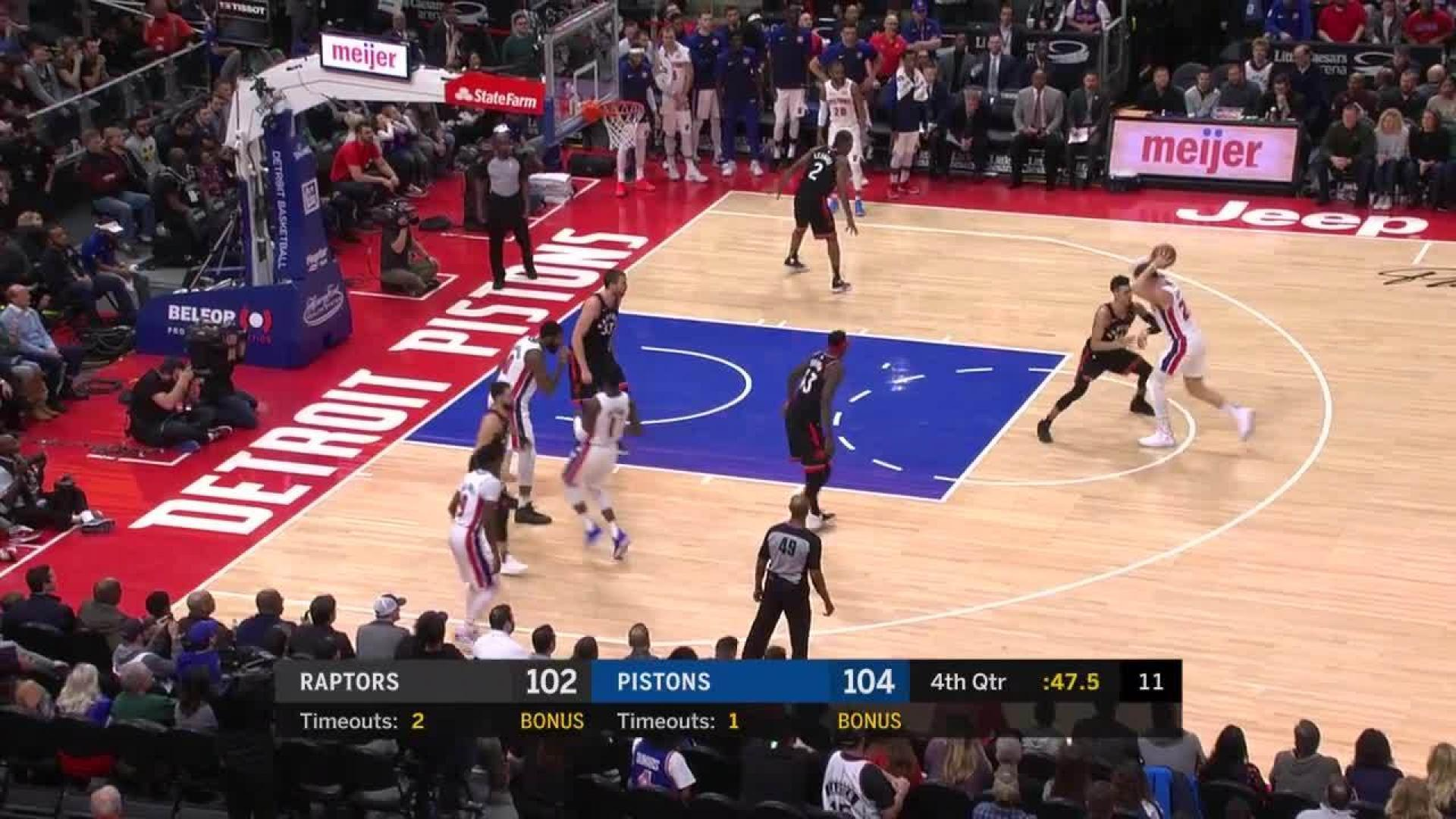 Blake Griffin With A 2 Pointer Vs Toronto Raptors In The