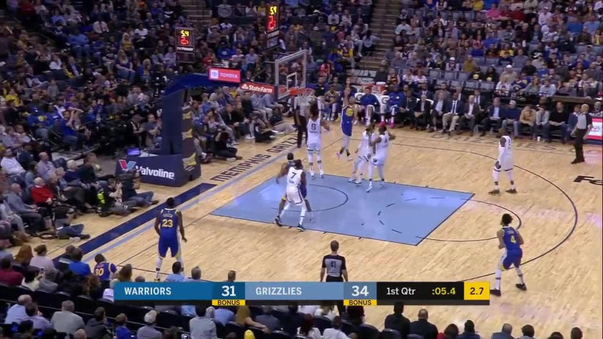 Justin Holiday knocks it down as the clock expires in the first
