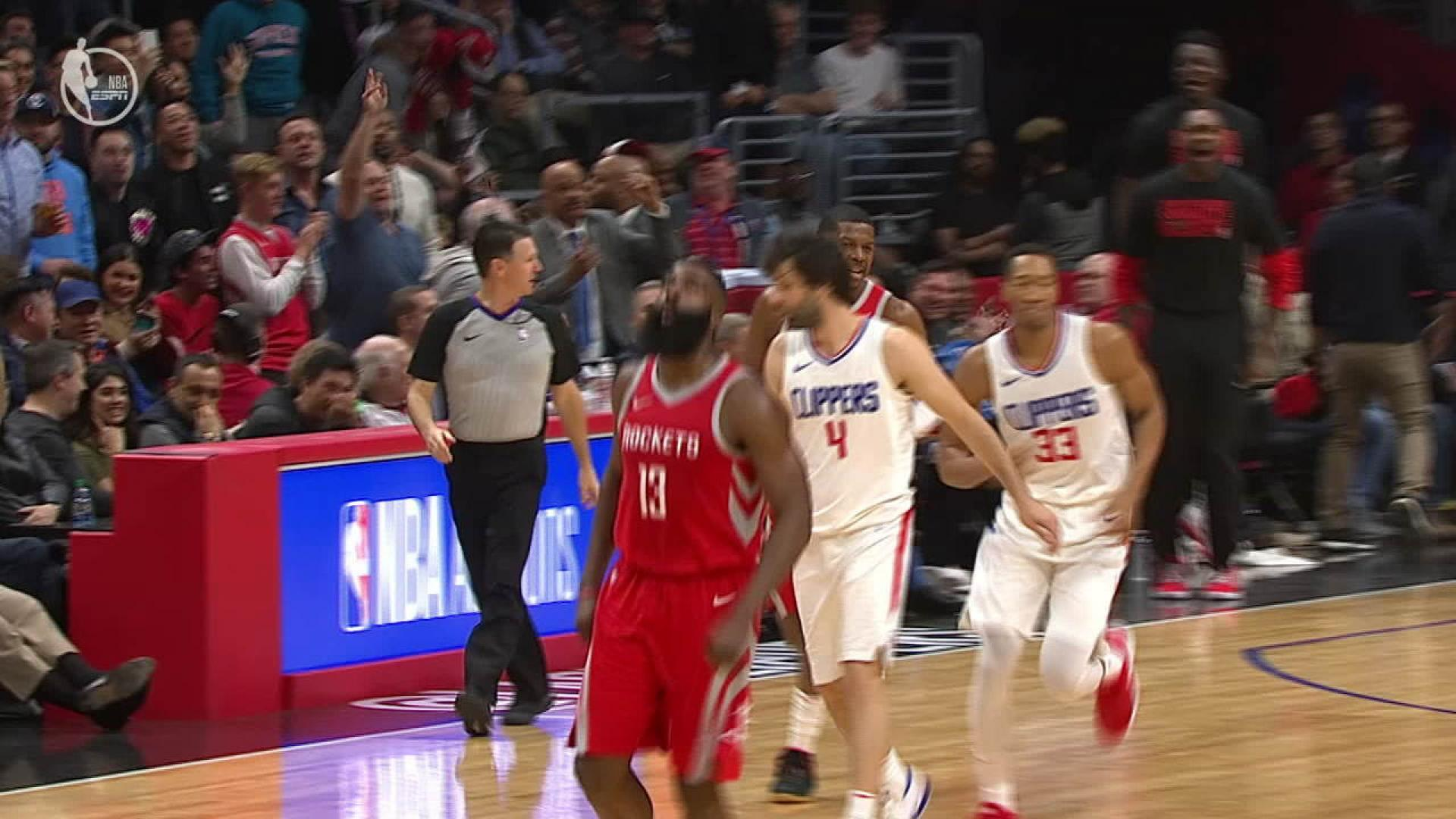 e5cf85f5ac0 Houston Rockets rolling (and piling up highlights) during 14-game win streak