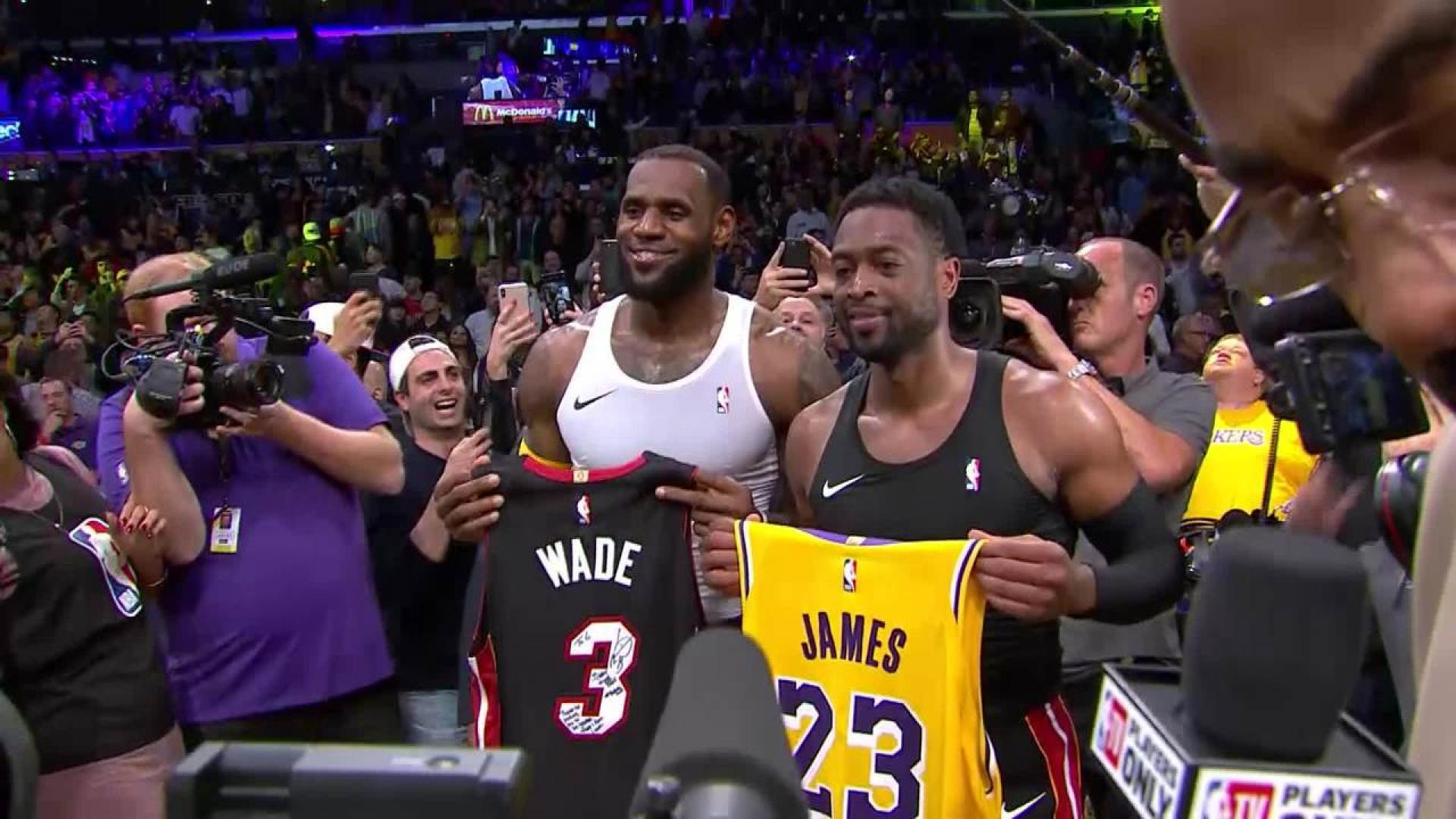 ae8c969fca9 LeBron James and Dwyane Wade Embrace