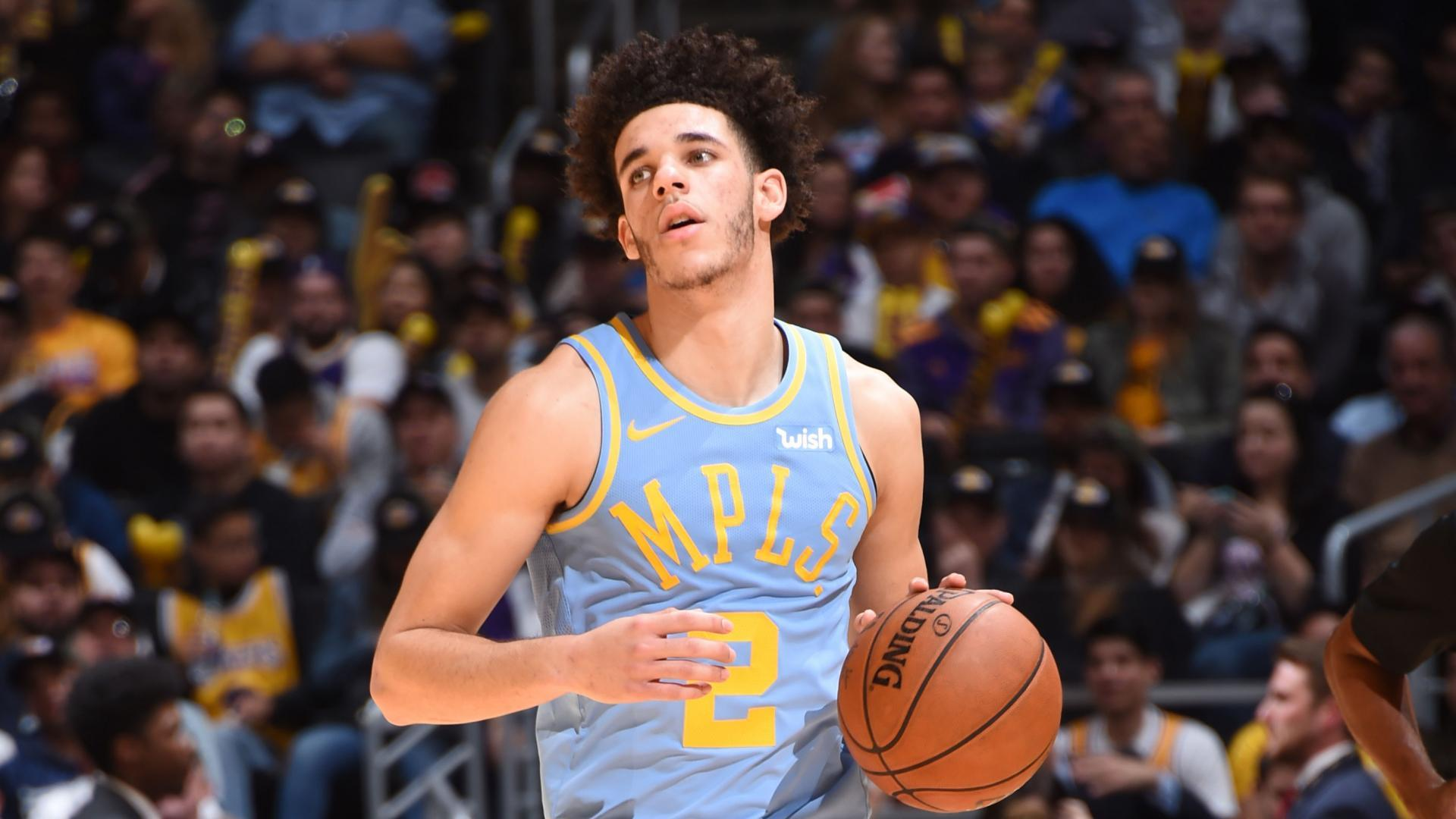 Los Angeles Lakers  Lonzo Ball makes news -- this time for walking away  from skirmish feec98302