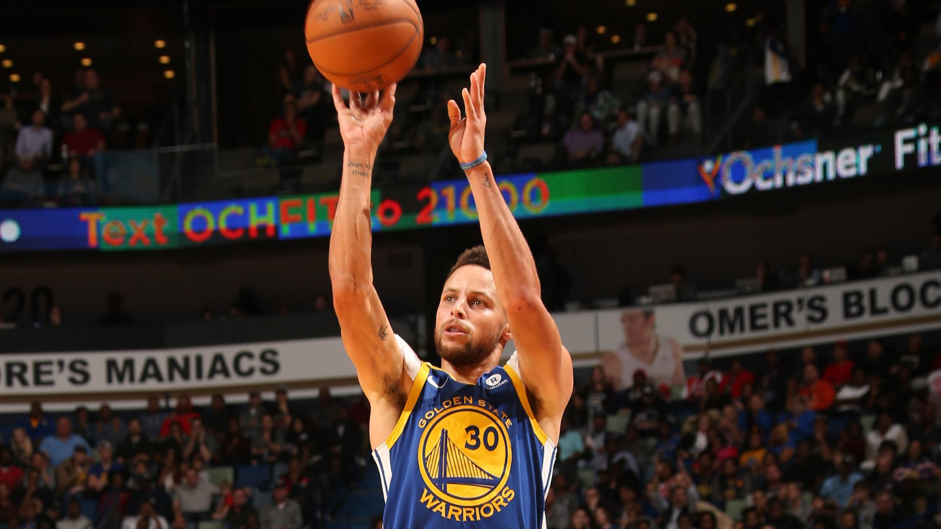 Stephen Curry becomes fastest to reach 2 df3ea8aaa