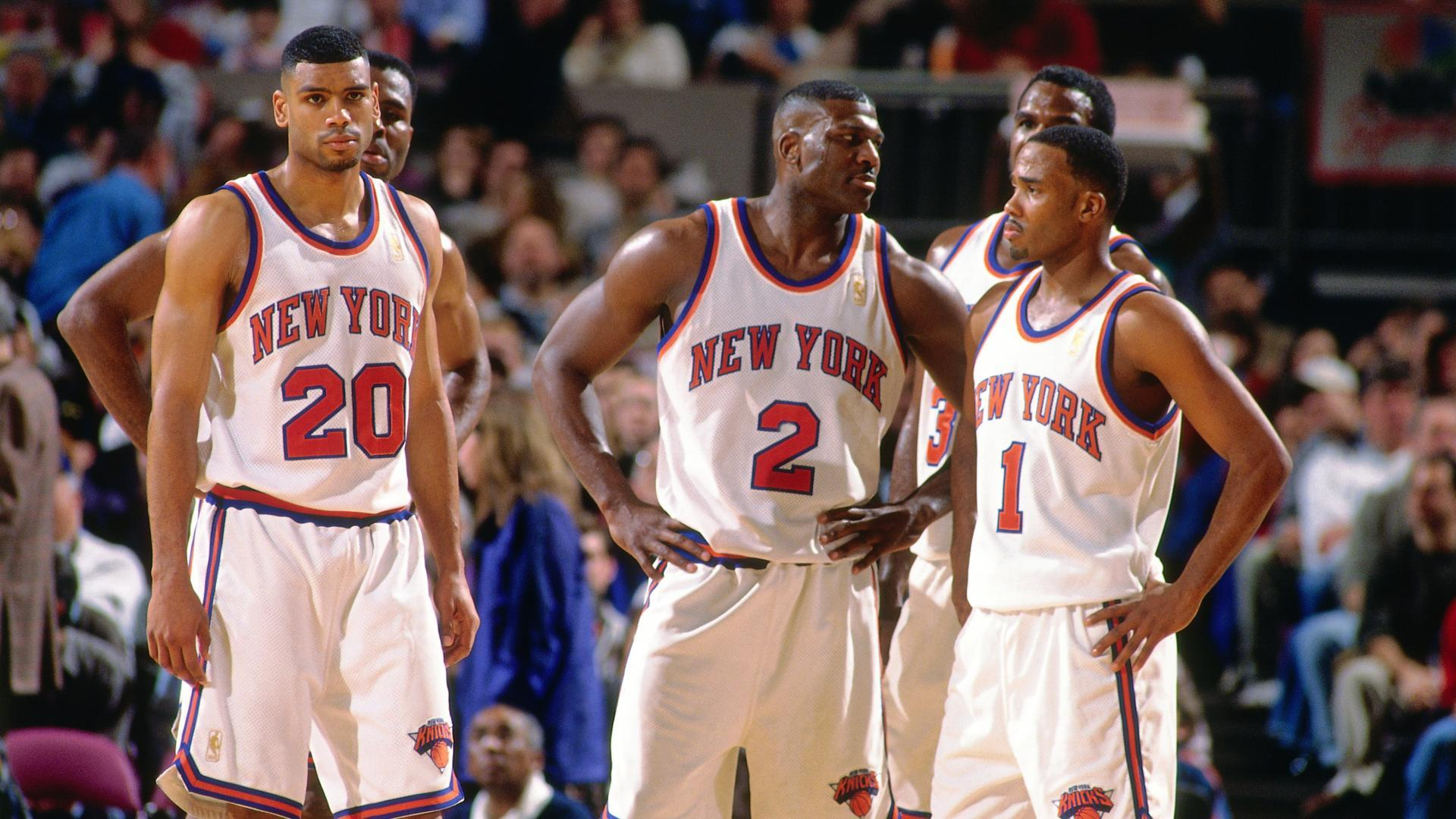 f7562a027bc7d Allan Houston (left)