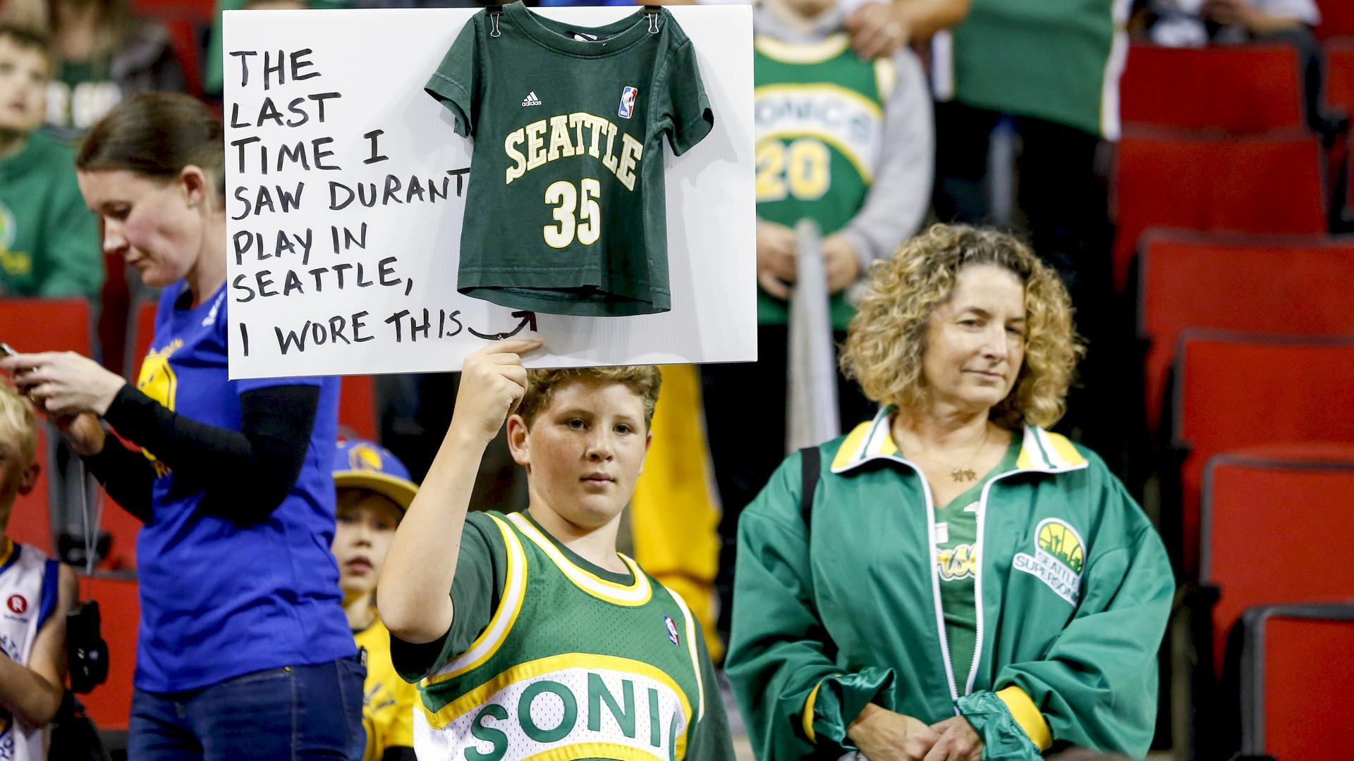 b04cf196409 It s been 10 years since the Sonics  final game at KeyArena