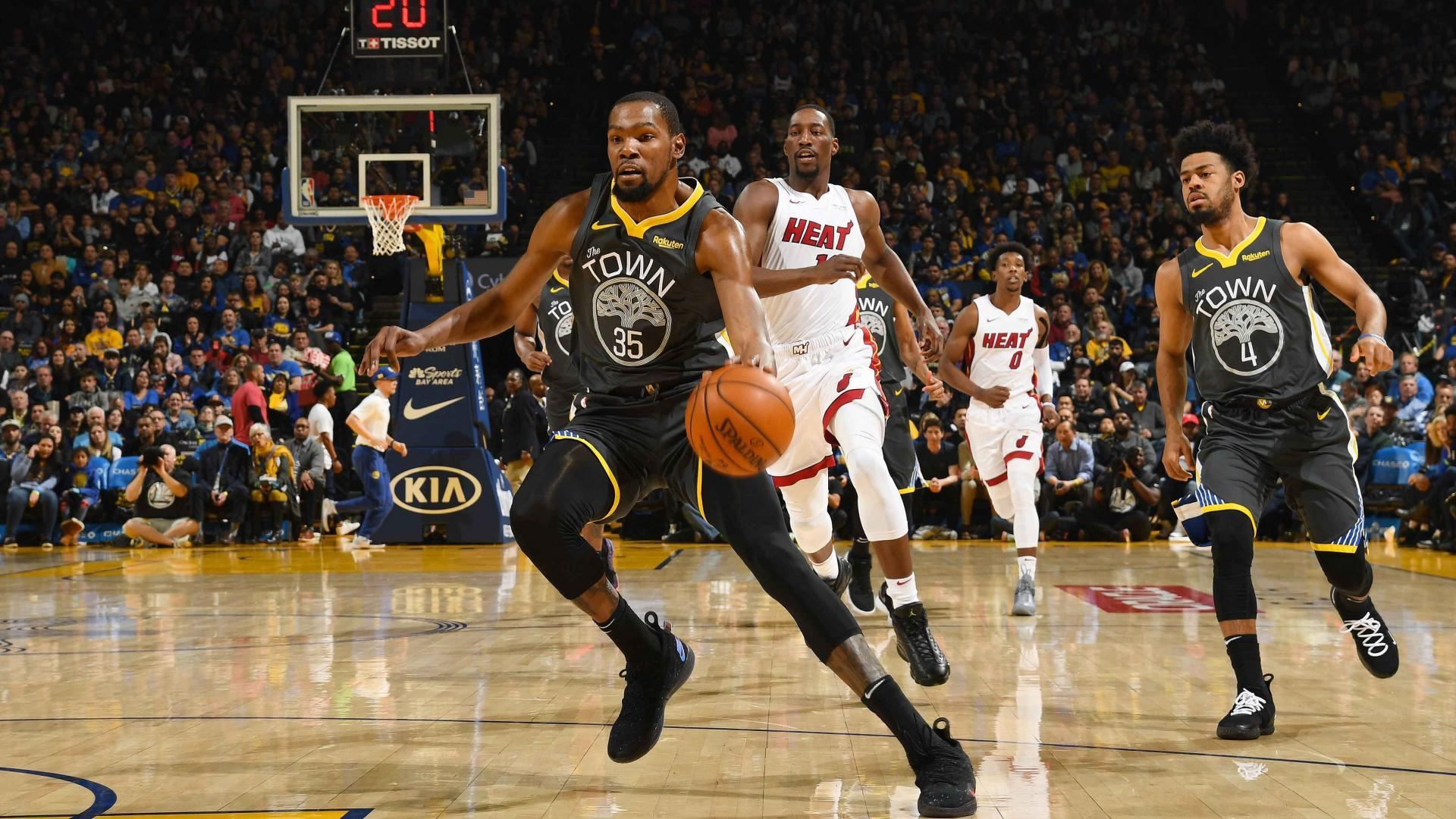 f7bc5bf8e255 NBA says key call missed in Heat-Warriors game. Kevin Durant discontinued  ...