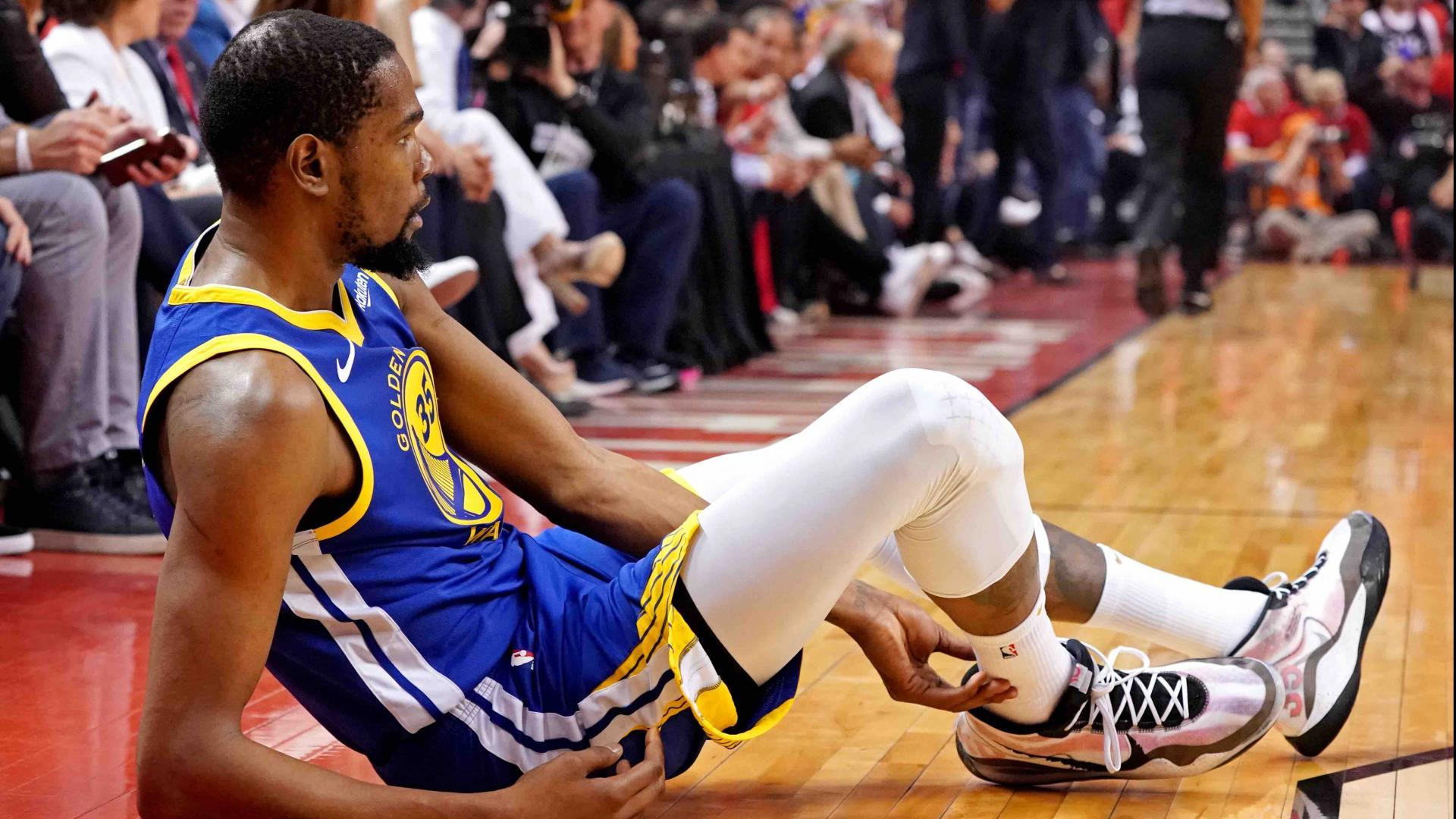 Kevin Durant Leaves Game 5 With Injury Nba Com