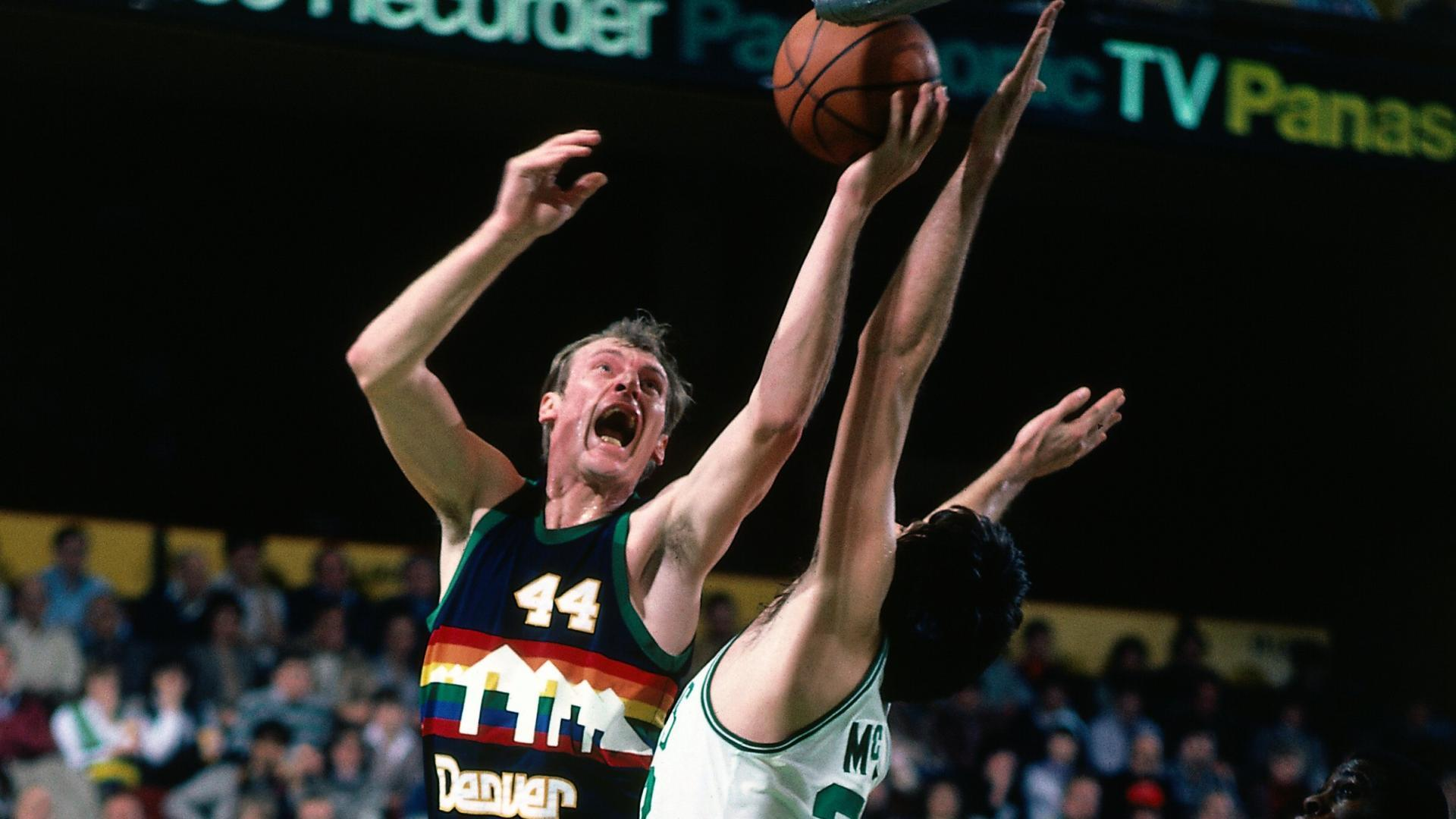 Legends profile Dan Issel