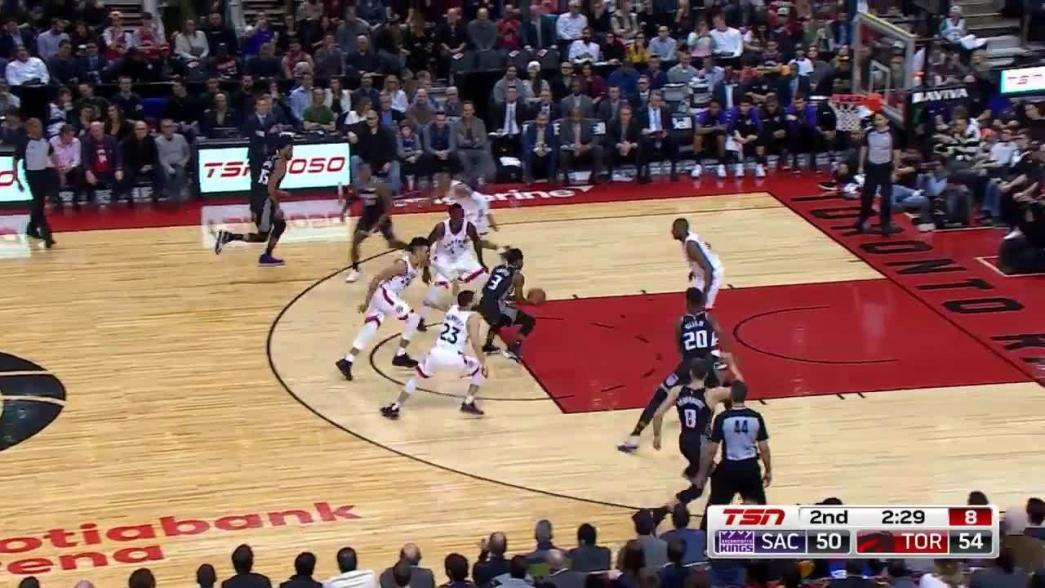 Pascal Siakam throws it down on the fast break in the second quarter | NBA.com