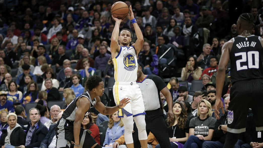 Warriors Kings Combine For Record 41 3 Pointers Nba Com