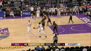 0777dc8dd4ec 1321800003 - Moritz Wagner - Los Angeles Lakers - Miami Heat - And-1 -
