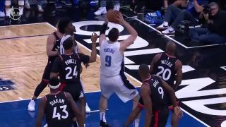 af9ba26f4 0041800113 - Nikola Vucevic - Orlando Magic - Toronto Raptors - Dunk - 1Q